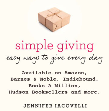Simple Giving:Easy Ways to Give Every Day