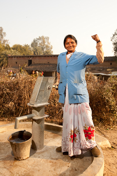 Ram Rati, the first female well mechanic in the state of Uttar Pradesh, India photo credit: Esther Havens
